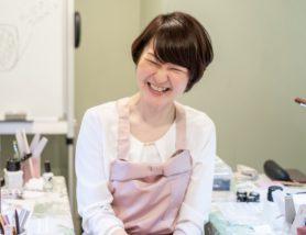 趣味専門のネイル講師 菅野エマ